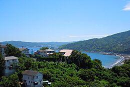 海と浜辺を一望ですバルコニーからの眺望