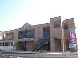 香川県丸亀市山北町の賃貸アパートの外観