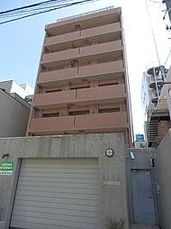 東京都港区六本木3丁目の賃貸マンションの外観