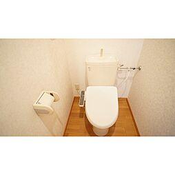 カンファタブルのシャワー付きトイレ