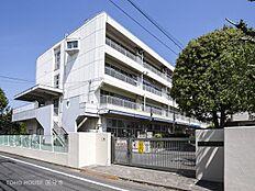 武蔵野市立第四小学校 距離560m