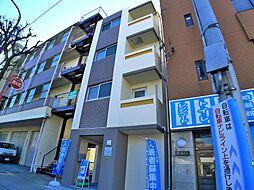 東京都足立区梅島2の賃貸マンションの外観