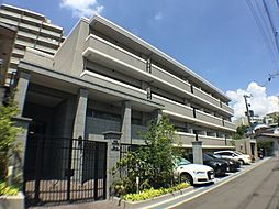 プール・トゥジュールフィーユドゥ吹田山手[1階]の外観