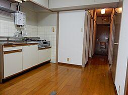 愛知県半田市出口町1丁目の賃貸マンションの外観