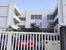 太子町立石海小学校 270m