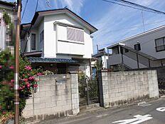 南側のお宅は2階建てですので、陽当りも良好です。
