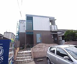 京都府京田辺市大住関屋の賃貸アパートの外観