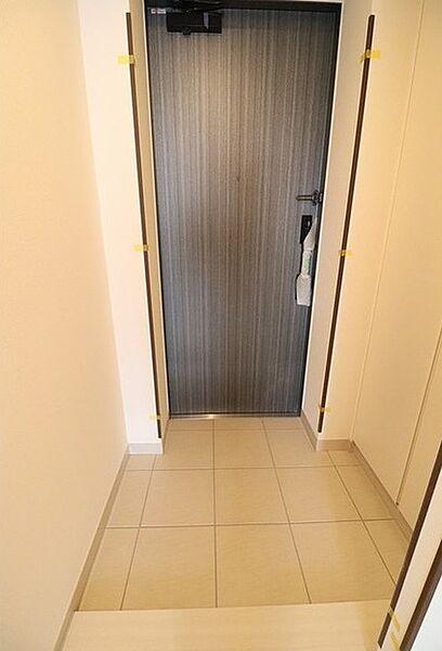 ルヴァン雪谷大塚の玄関です。