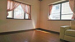 古家:2階洋室