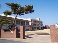 小学校砂山小学校まで161m