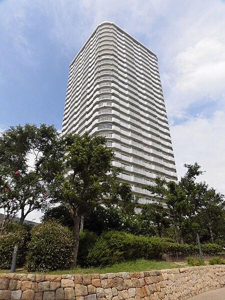 高見フローラルタウン七番街16号棟[17階]の外観
