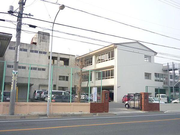 市立中部中学校