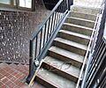 広々とした階段...