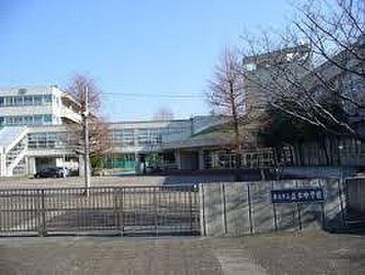 つくば市立並木中学校(496m)