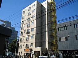 クリオ表参道ホームズ[6階]の外観