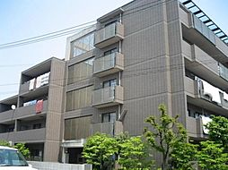 ドムストリア[4階]の外観