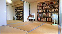 約7.0帖と約6.6帖の和室が2間続いていますので、広くお使いになることもできます。