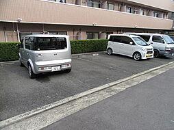 ドムスOgawaのガレージ