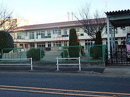 新生幼稚園 348m