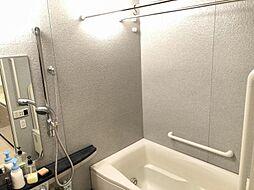 浴室乾燥機付きで雨が降っても洗濯物を乾かせます