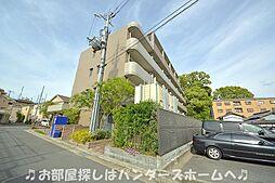 大阪府枚方市出口2丁目の賃貸マンションの外観