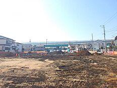 宅地造成中の分譲地。広大な敷地に17区画の新興住宅地が誕生します。