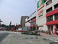 ライフコーポレーション千川駅前店