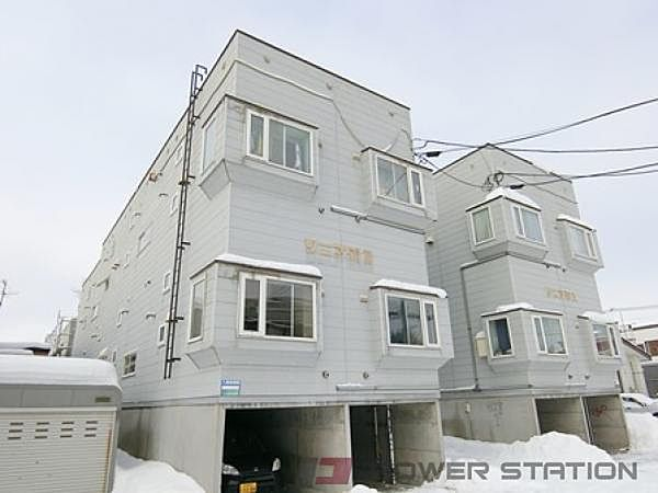 ソニア56B[2階]の外観