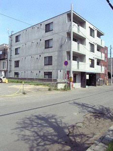 グラシオン[3階]の外観