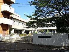 青梅市立霞台中学校より徒歩約10分(約750m) 約750m