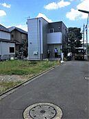 つくばエクスプレス「六町」駅まで徒歩12分また「保塚町」バス停まで徒歩4分です