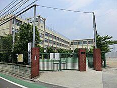 中学校は尾久八幡中学校 徒歩2分(160m)