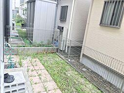 お庭ではガーデニングや家庭菜園などが楽しめます