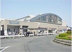 ひばりヶ丘駅(西武 池袋線)まで940m、ひばりヶ丘駅(西武 池袋線)より徒歩約10分。