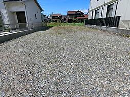 敷地約50坪。のびのび暮らせる広さがあります。