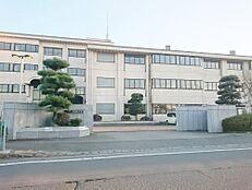中学校那珂市立第四中学校まで970m