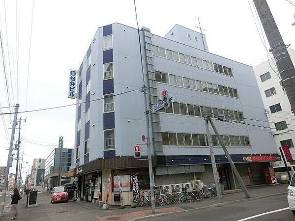 第11松井ビル 4階の賃貸【北海道 / 札幌市北区】