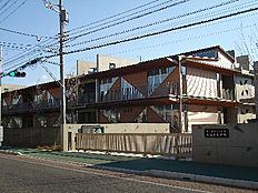 つくばみらい市立陽光台小学校(861m)