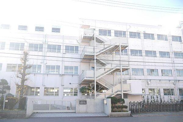 リラ出来町[2階]の外観