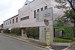 谷戸幼稚園 (約680M)