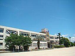 小学校志免町立 志免中央小学校まで331m