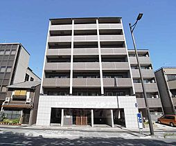 京都府京都市下京区佐女牛井町の賃貸マンションの外観