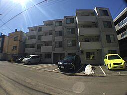 北海道札幌市豊平区平岸三条18丁目の賃貸マンションの外観
