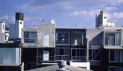 スペースブロック上新庄[3階]の外観