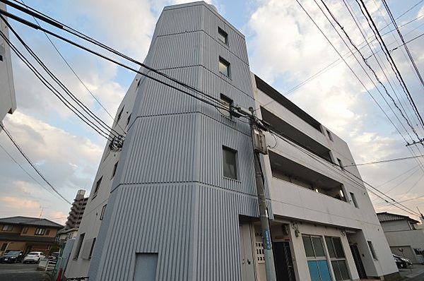 岡山県岡山市中区原尾島3丁目の賃貸マンション