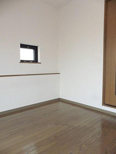 シャルマンフジ西宮の洋室