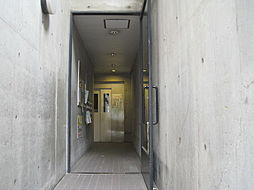 コスモポリタン90[4階]の外観