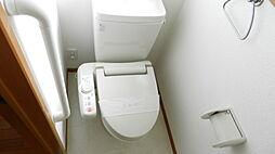 温水洗浄機能付きのトイレ。