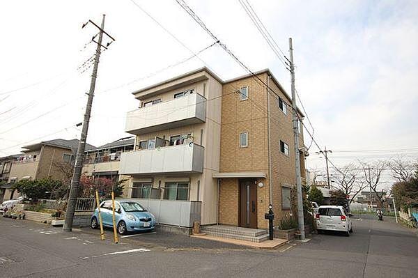 シャーメゾン・フォンティーヌ 1階の賃貸【埼玉県 / 春日部市】