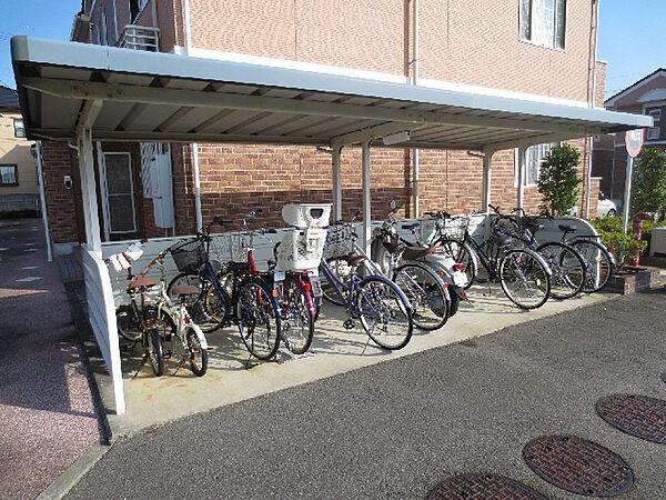小松島競輪 駐輪場